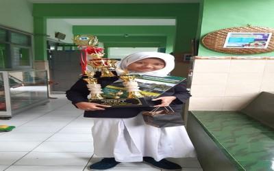 Mulisa Siswa MTsN 1 Yogyakarta Juara 1 KTI